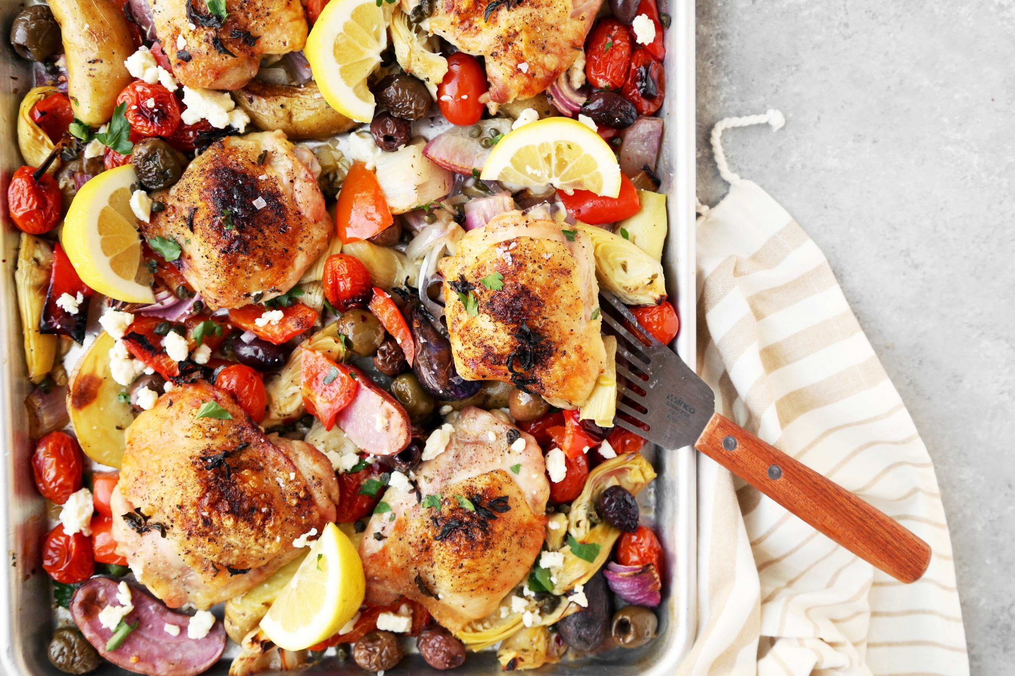 Mediterranean roasted chicken thighs the candid appetite its a great versatile recipe that you need to make soon mediterranean roasted chicken thighs forumfinder Images