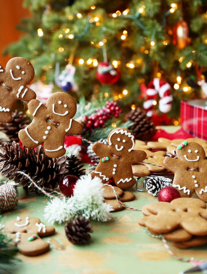 Edible Gingerbread Men Garland